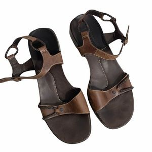 Timberland Womens Brown Leather Ankle Strap Sandal
